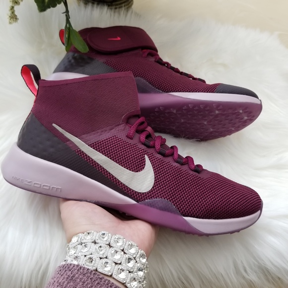 71bfab8ada31 Nike Air Zoom Strong 2 Gem Women s Shoes. M 5ba91950194dadcde77dfe25